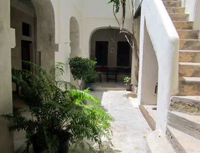 courtyard small